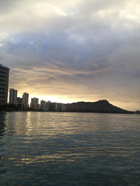 ハワイ最後の朝はワイキキビーチへ、その後…18時間の移動でグッタリ