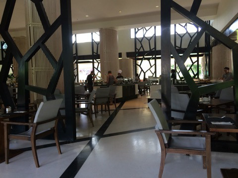 プーケット最大のショッピングモール・ジャンクセイロンの後は、ホテルspaで癒されました。