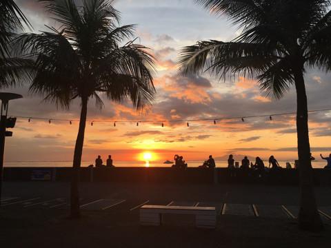 【マニラツアー1日目②】マニラ湾の世界三大夕日とシティオブドリームズマニラでカジノ体験