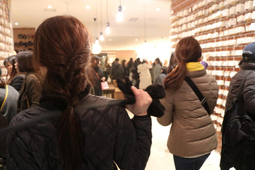 東大門で深夜ショッピングを楽しむ