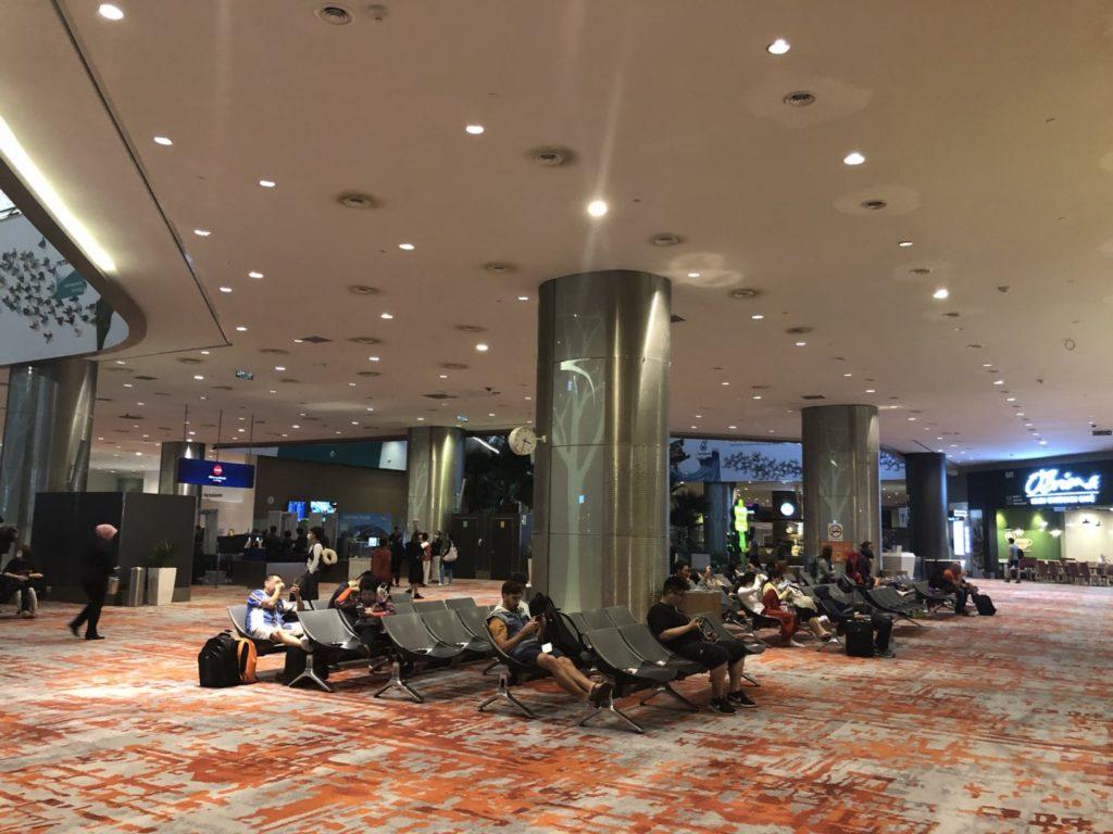 クアラルンプール空港 KLIA2到着